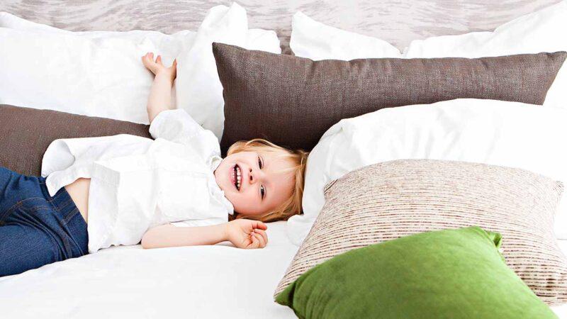 Почему детям необходим минималистичный гардероб и как его создать