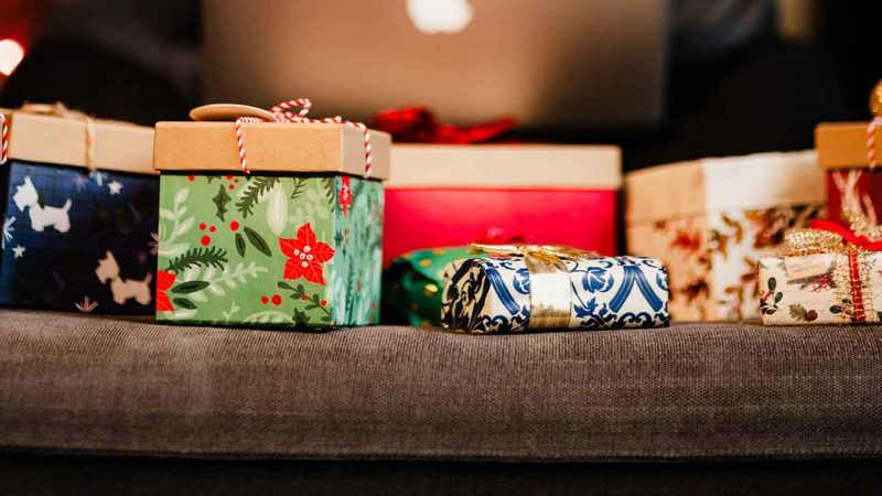 Не пора ли нам переосмыслить то, как мы дарим подарки?