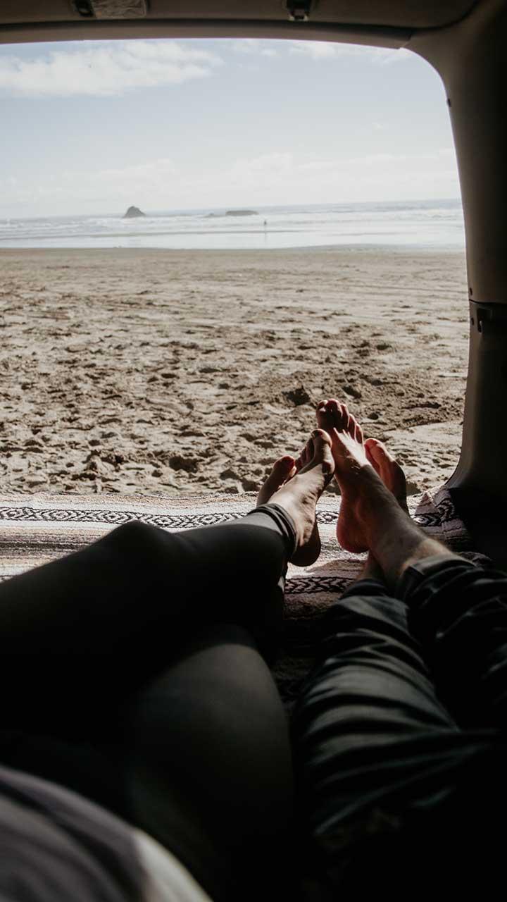 Почему мы сопротивляемся одиночеству